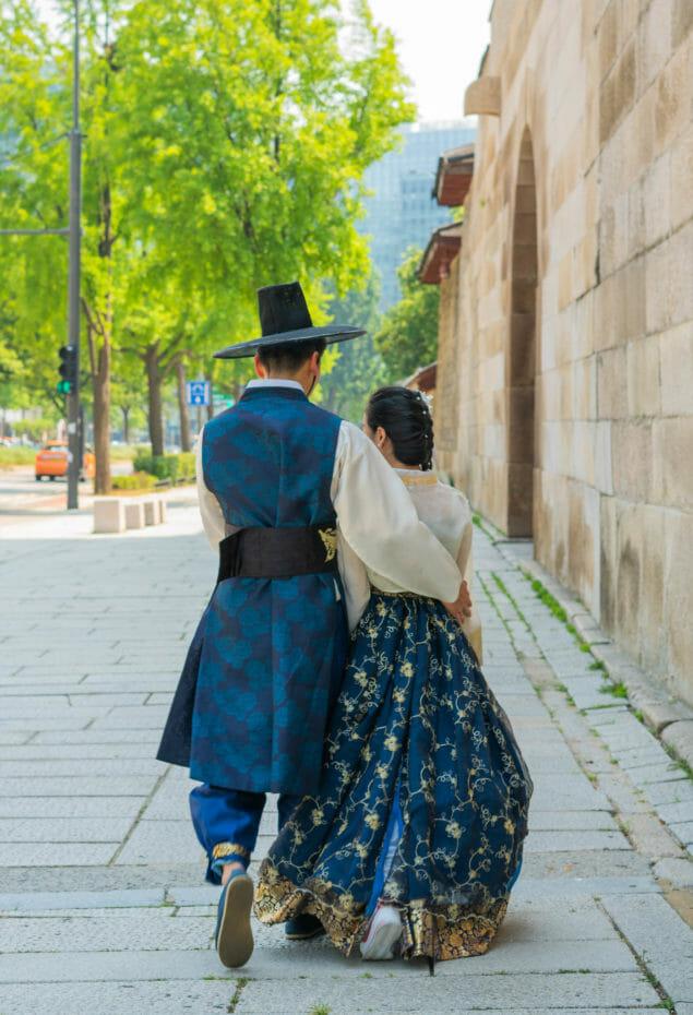 Modern Hanbok Guide - Where to Buy Korean Modern Hanbok, History, and More 2